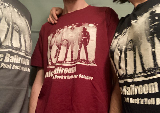 drei_shirts.jpg